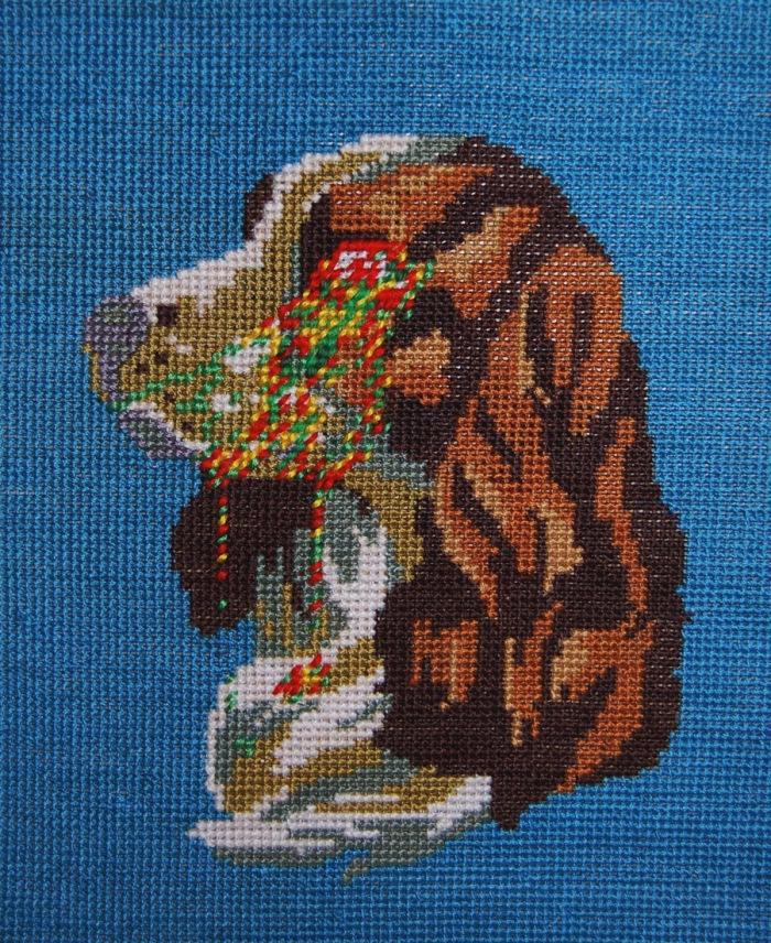 A Singer. detail diptych - Bird shot, 2013. Wool tapestry.